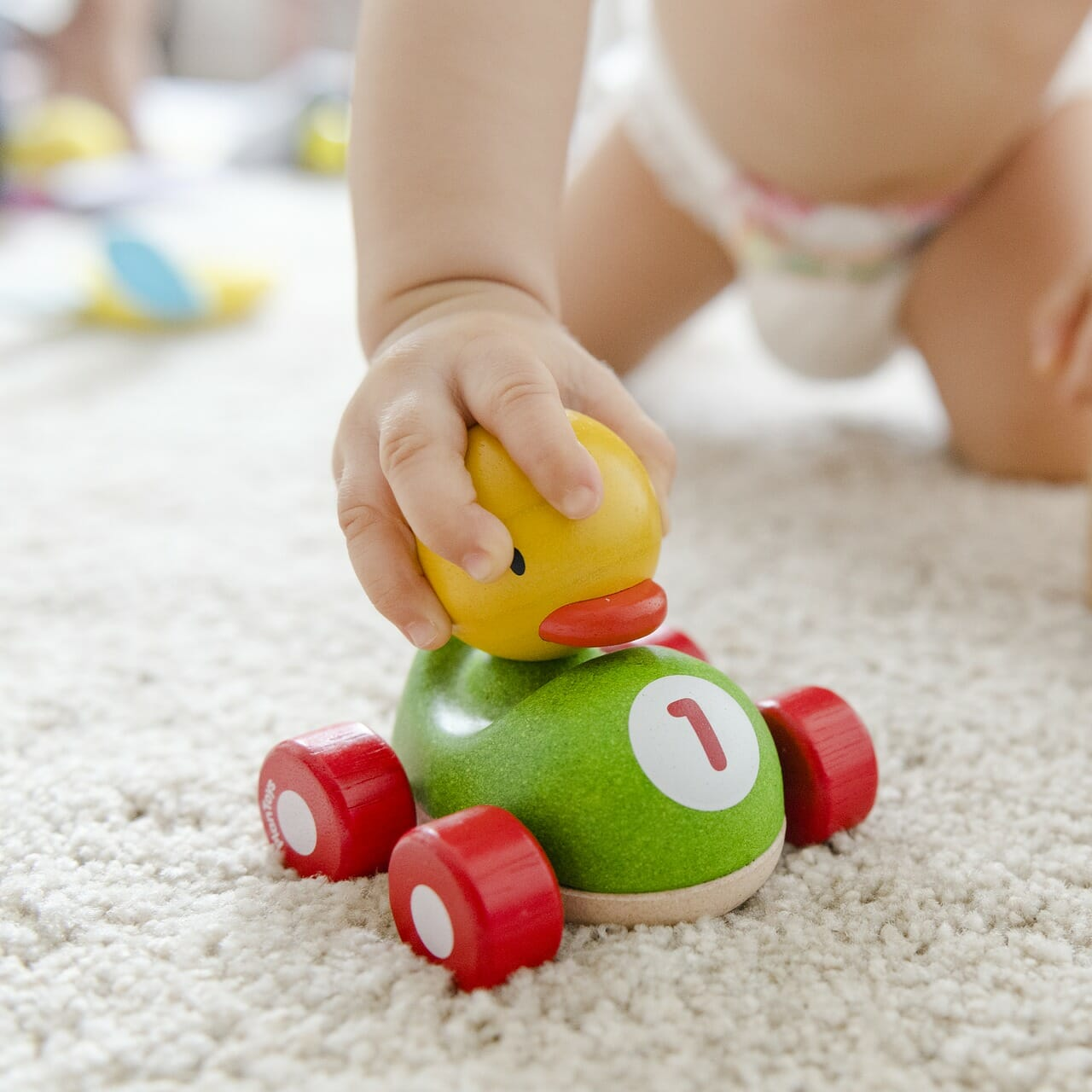 How to Avoid Spending a Fortune on Childcare this Summer